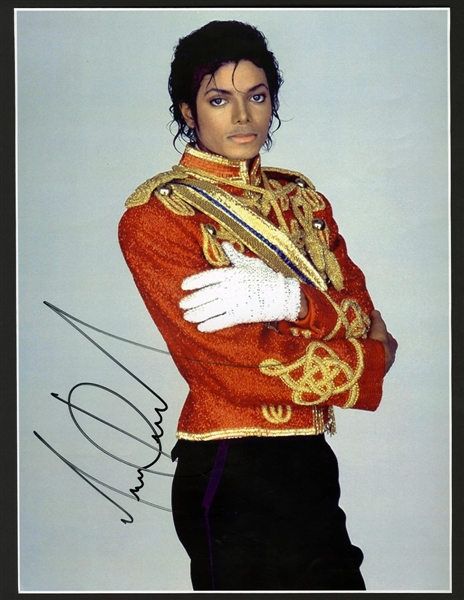 Michael Jackson Signed 11 x 15 Photograph
