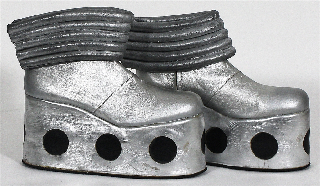 KISS Tommy Thayer Stage Worn Short Silver Platform Boots