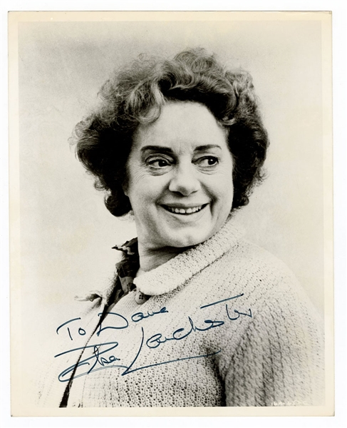 Elsa Lanchester Signed Photograph JSA Authentication