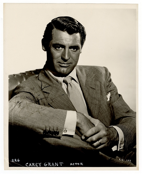 Cary Grant Signed Photograph JSA Authentication